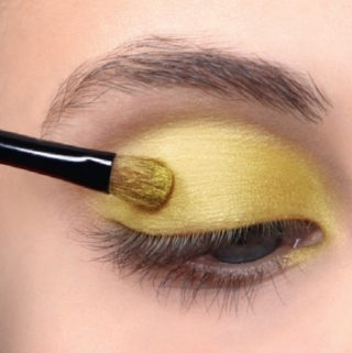 Women Who Wear Makeup Absorb 5 Pounds of Cancer Causing Chemicals Yearly. Use These Best Non Toxic Makeup Brands